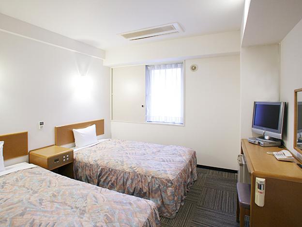 photo - Twin room